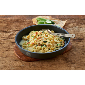 Trek'n Eat Outdoor Meal Meat 160g, Creamy Pasta with Chicken and Spinach